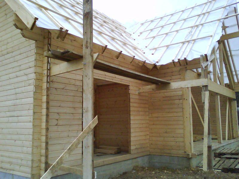 Franck page 22 auto construction d 39 une maison en bois massif - Fabriquer une echelle de toit ...
