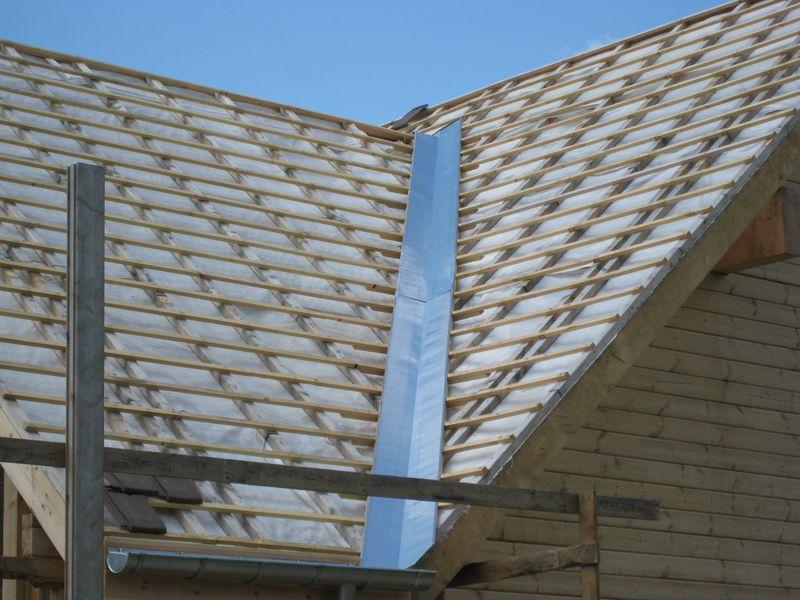 Franck page 17 auto construction d 39 une maison en bois massif - Noue en zinc ...