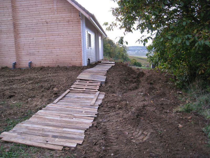 Terrain auto construction d 39 une maison en bois massif - Que peut on faire avec des palettes ...