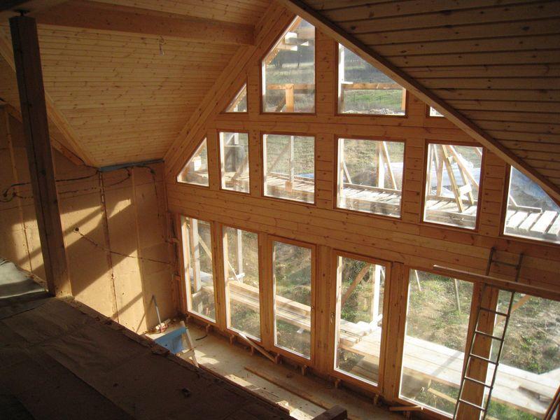 plafond cath drale auto construction d 39 une maison en bois massif. Black Bedroom Furniture Sets. Home Design Ideas